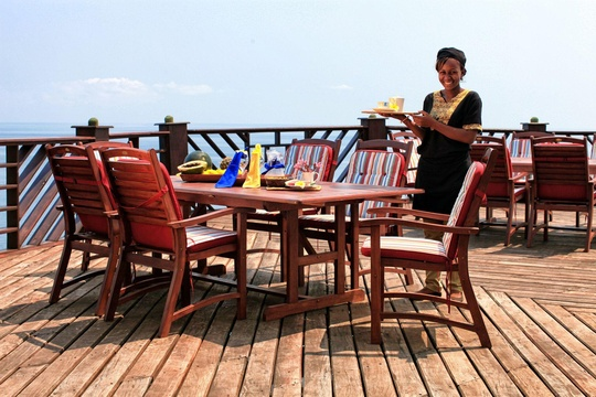 Meals on the deck at the Sangara Restaurant