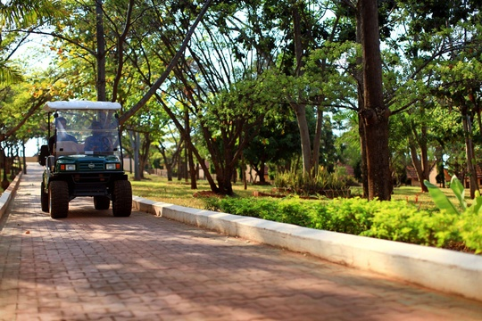 Golf cart escorts for guest arrivals